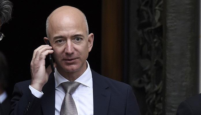 Jeff Bezos sa 114 milijardi dolara najbogatiji Amerikanac