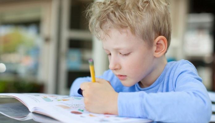 """Posljedice """"online"""" nastave: Djeca gube želju za učenjem i osjećaju stres roditelja"""
