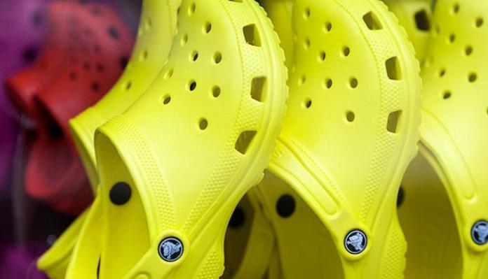 Tvrtka Crocs zatvara sve svoje tvornice i 132 dućana do kraja godine