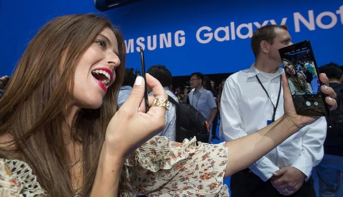Samsung predstavio smartphone Galaxy Note 9