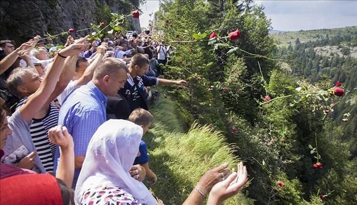 Obilježena 27. godišnjica zločina na Korićanskim stijenama