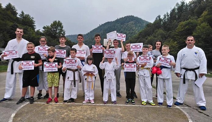 """Karate klub """"Perfekt"""" Zenica održao karate seminar"""