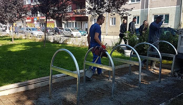 Biciklistička stajališta na osam lokacija u centru Zenice