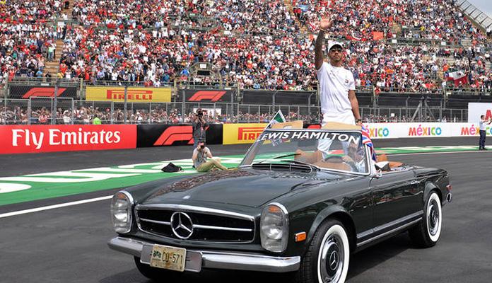 Lewis Hamilton stigao Fangia sa pet titula