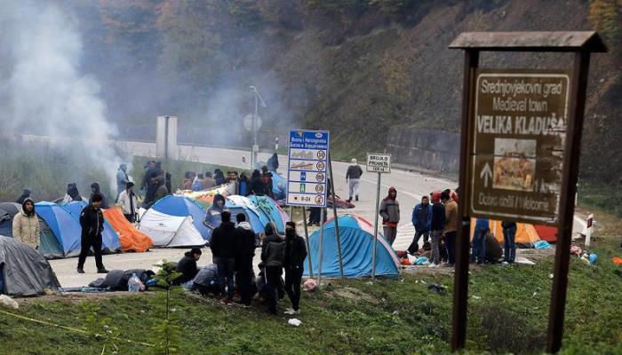 Migranti već četvrtu noć borave kod GP Maljevac, Hrvatska im ne dozvoljava ulazak