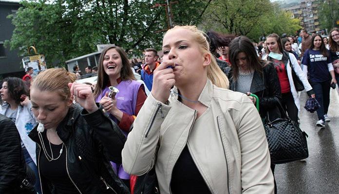 U petak defile učenika srednjih škola Grada Zenice