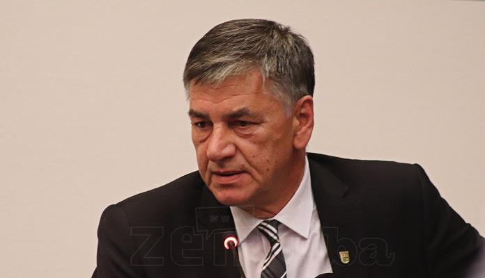 Sjednica Gradskog vijeća: Fuad Kasumović povukao prijedlog za izgradnju Akademije NK Čelik