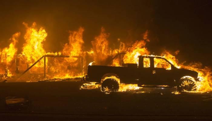 Hiljade ljudi u bijegu od neukrotivih požara (VIDEO)