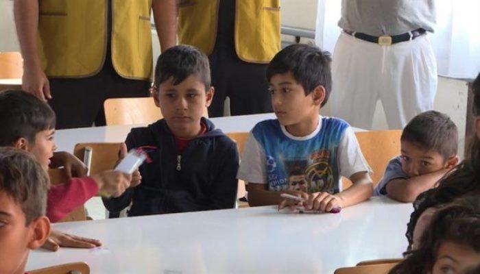 Djeca migranti ipak sjedaju u školske klupe