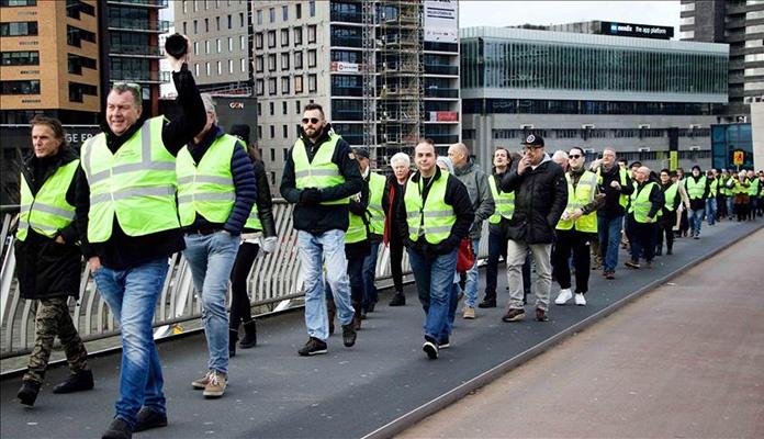 """Protesti """"žutih prsluka"""" i širom Holandije"""