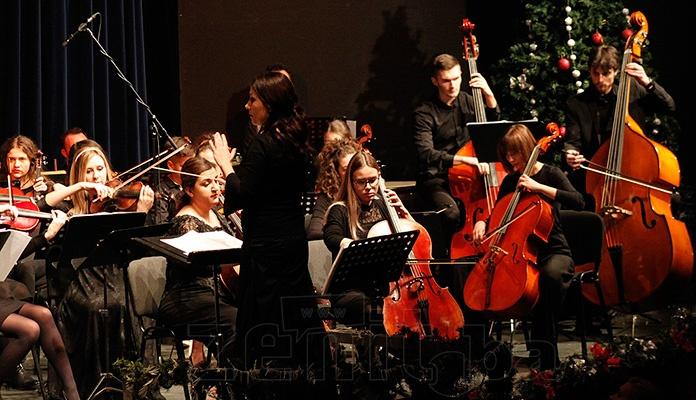 Novogodišnji koncert Kamernog simfonijskog orkestra u Zenici