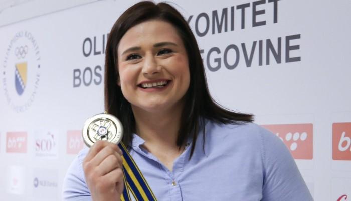 OK BiH Larisu Cerić nagradio sa 10.000 KM za srebro na Evropskim igrama