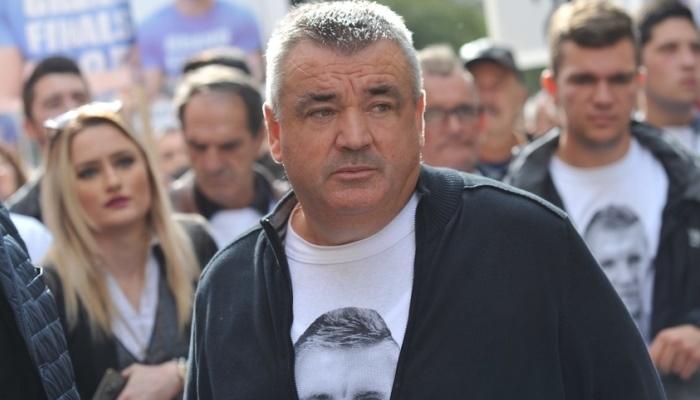Murizu Memiću sud izrekao ukor jer je organizovao proteste za svoga sina