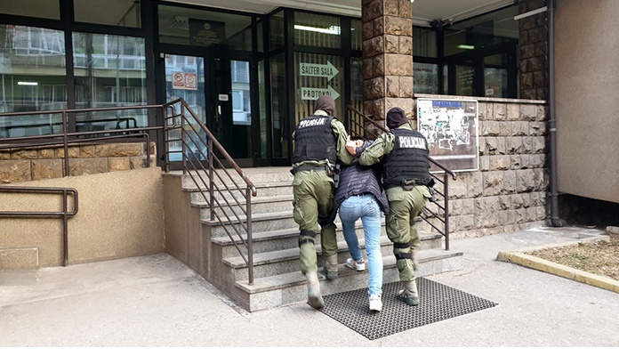 Zeničanin opljačkao poštu u Zenici, uhapšen nakon sat vremena