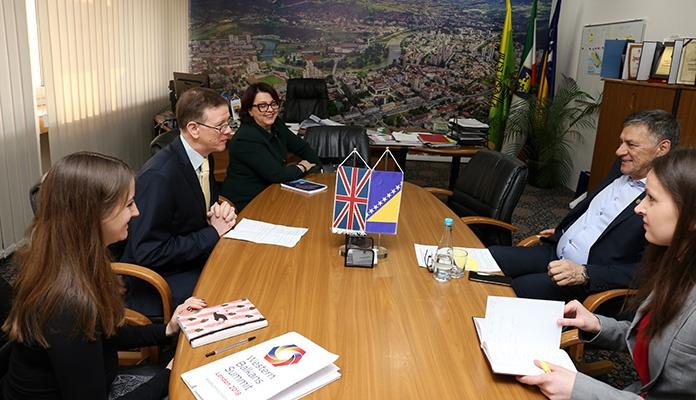 Gradonačelnik Kasumović razgovarao sa šefom Političkog odjela Britanske ambasade u BiH