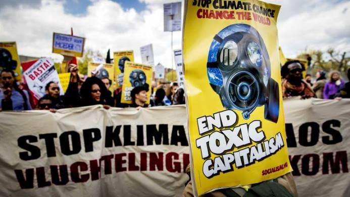 Holanđani šetnjom traže mjere Vlade protiv klimatskih promjena