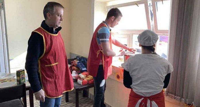 """Stanivuković i Šukalo donirali hranu javnoj kuhinji """"Mozaik prijateljstva"""""""