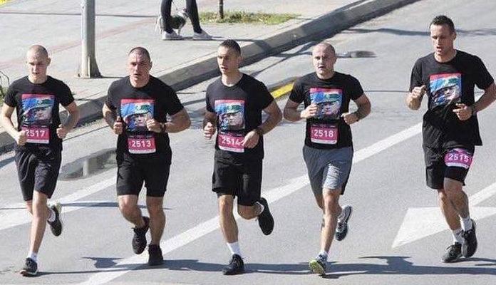 Učesnici na banjalučkom polumaratonu trčali u majicama s likom Ratka Mladića