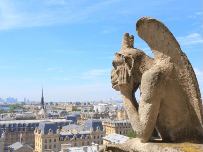 Početak rekonstrukcije Notre-Damea u januaru 2021.