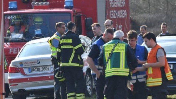 Pilot i dva putnika poginuli u padu aviona nadomak Frankfurta