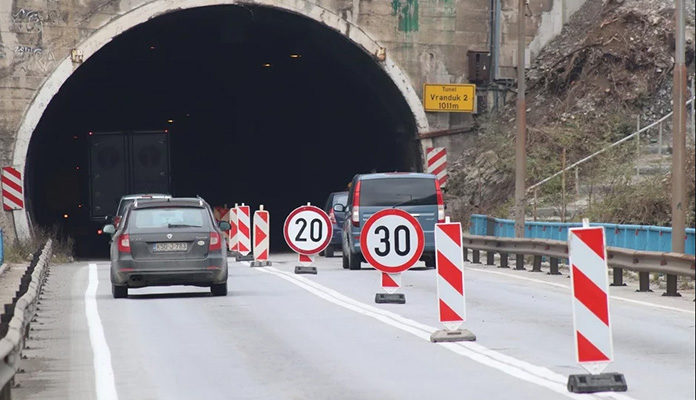 Večeras totalna obustava saobraćaja u tunelu Vranduk