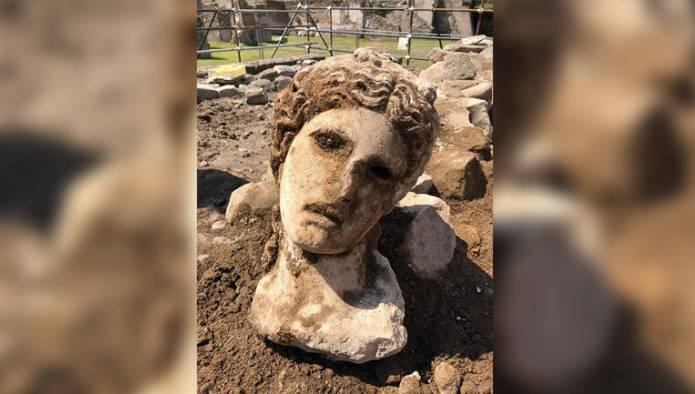 U Rimu pronađena glava kipa antičkog božanstva