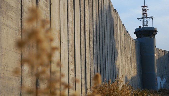 Izrael uništio više od 10.000 značajnih dokumenata i knjiga o palestinskoj historiji
