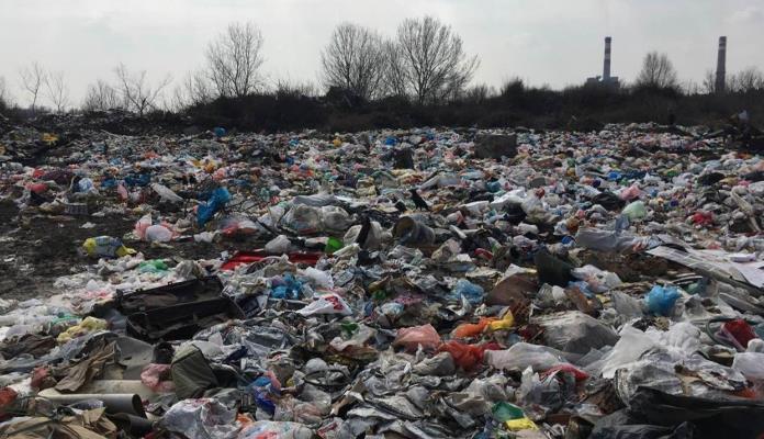Rezultat slika za FBiH: Evidentirano 1.426 divljih deponija sa oko 5,5 miliona kubnih metara otpada