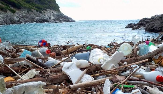 Jadran se guši u plastici, među najzagađenijima u Evropi