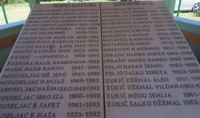 Godišnjica otvaranja spomen-obilježja za 39 ubijenih Bošnjaka Babinog Potoka