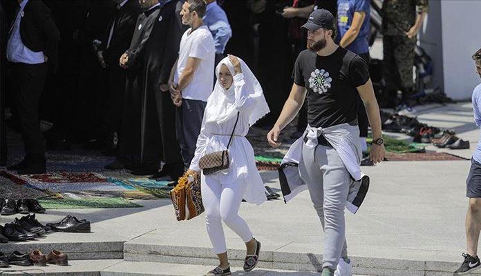 NBA košarkaš Jusuf Nurkić na dženazi žrtvama genocida u Srebrenici