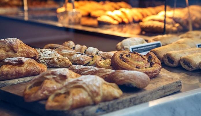 Vlasnik pekare iz Gradiške nasrnuo na bivšu radnicu jer je tražila platu