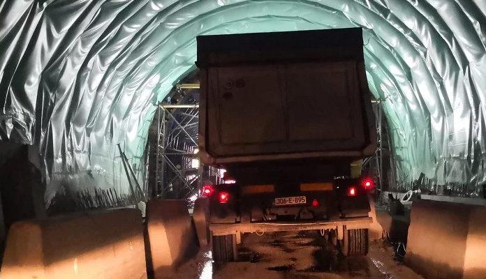 Saobraćajna u tunelu Vranduk, potpuna obustava saobraćaja