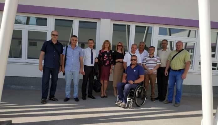 Ministar obrazovanja posjetio novoizgrađenu školu u Tetovu
