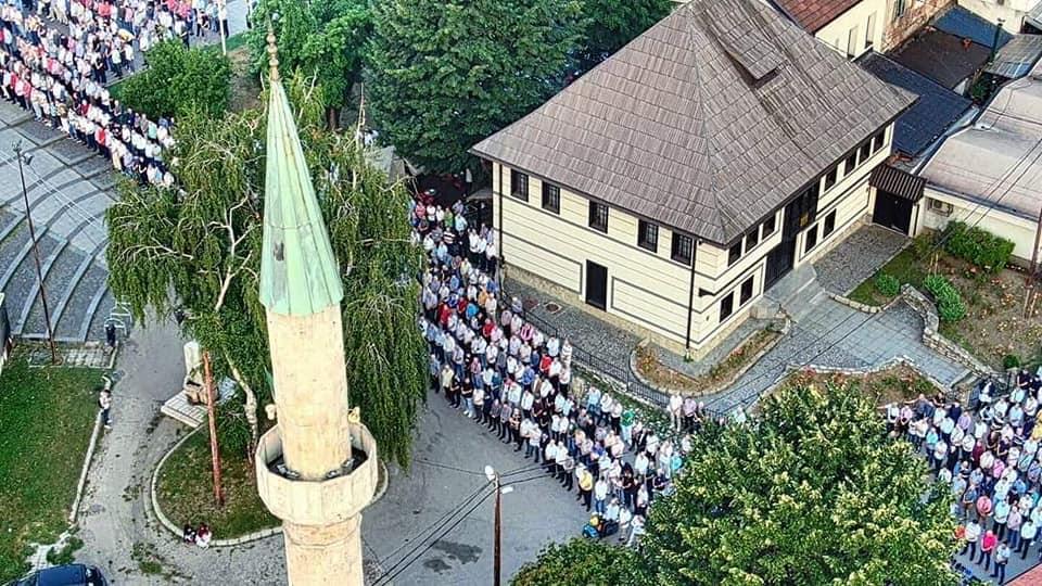 Bajram-namaz u Zenici u 6:12 sati, centralna svečanost u Čaršijskoj džamiji