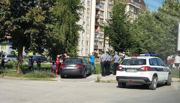 Saobraćajna u zeničkom naselju Radakovo, jedna osoba povrijeđena