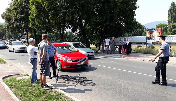 Udaren biciklista na pješačkom prijelazu kod Muzeja u Zenici