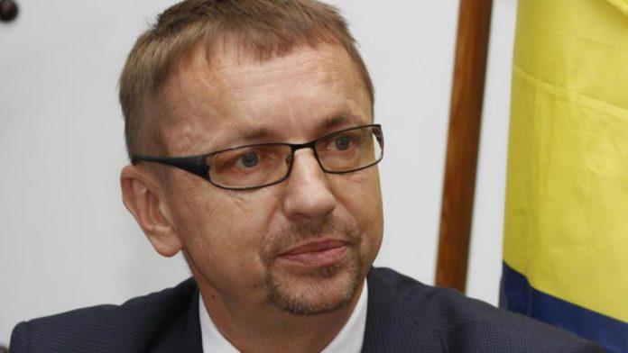 Ministar obrazovanja, nauke i kulture ZDK Spahija Kozlić o dokumentaciji za konkurse