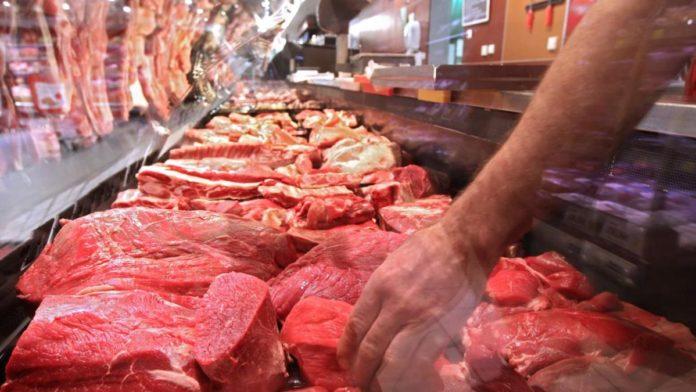 Domaći proizvođači i prerađivači mesa ugroženi, najavljuju proteste