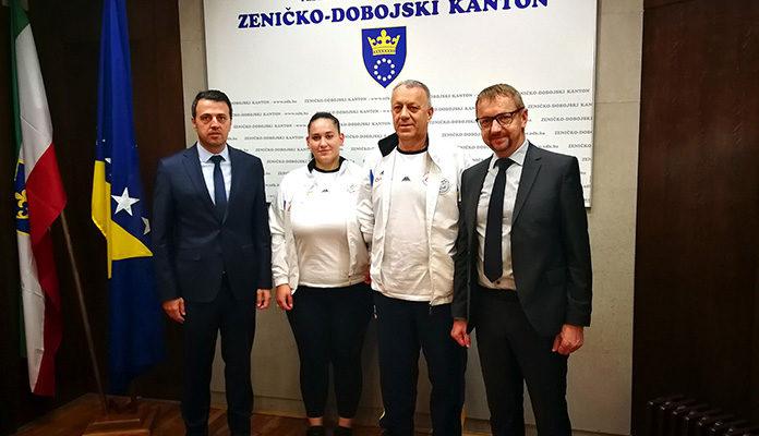 Premijer Ganić i ministar Kozlić upriličili prijem za najbolju bh. paraolimpijsku streljačicu