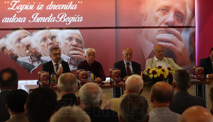 """Održana promocija knjige Ismeta Begića """"Zapisi iz dnevnika"""" (FOTO)"""