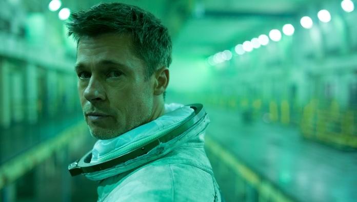 Nakon uloge svemirskog putnika Brad Pitt će upoznati i pravog astronauta (VIDEO)