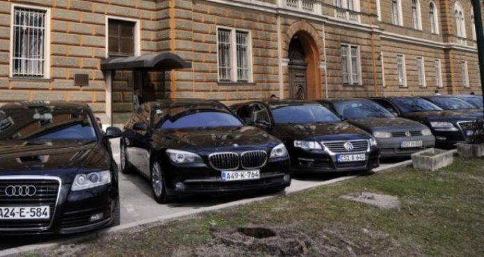 Vlast širi vozni park: Odobrena nabavka novih 24 automobila za institucije FBiH