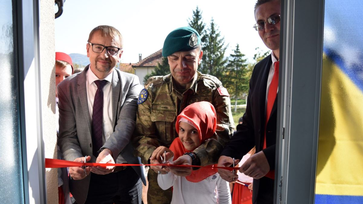 Svečano otvorena obnovljena škola u Klopču (FOTO)