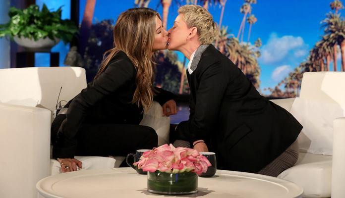 Jennifer Aniston poljubila u usta voditeljicu Ellen DeGeneres (VIDEO)