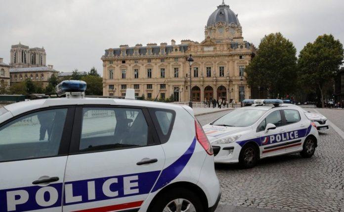Muškarac nožem u Parizu ubio četiri policajca