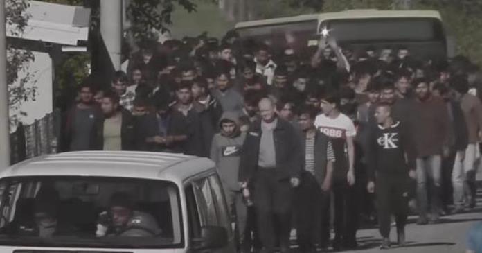 Stotine migranata odvedeno u Vučjak, kamp od kojeg su svi digli ruke (VIDEO)