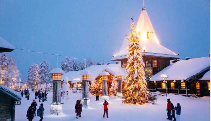 Djed Mraz otvorio božićnu sezonu (VIDEO)