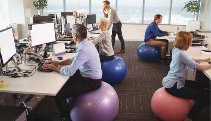 Sjedenjem na pilates lopti dnevno ćete sagorjeti čak 360 kalorija