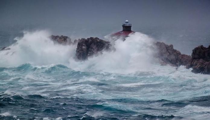 Na Jadranu izmjeren val od skoro 11 metara (VIDEO)